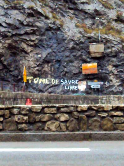 Photo of French graffiti - Free Tomme de Savoie cheese