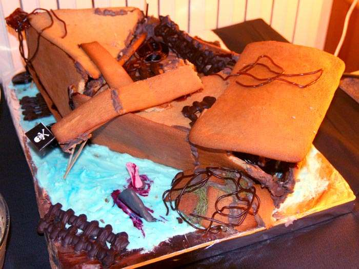<Photo of my gingerbread boat (wreck), copyright, Le Franco Phoney>