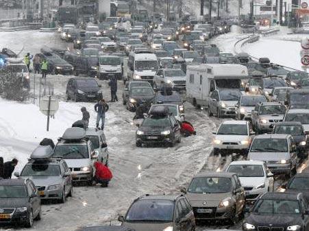 Snowy traffic in French Alps
